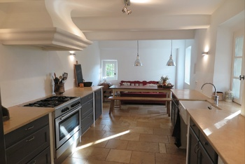 Large kitchen holidayhome Cotignac