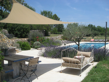 Pool terrace luxurious holidayhome Cotignac Provence